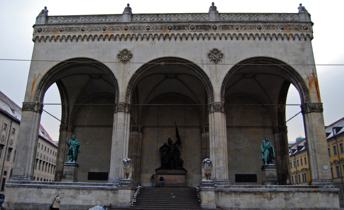 Feldherrnhalle, en Odeonsplatz
