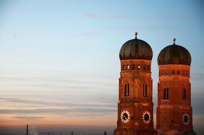 Torres de la catedral, al atardecer (enero de 2014)
