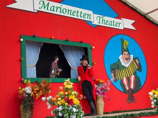 Teatro en el Oide Wiesn. /MUENCHEN.DE