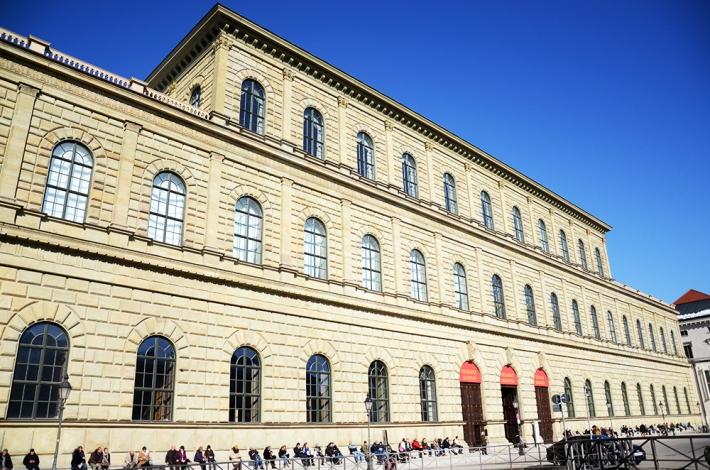 Fachada del Königsbau, edificio de la Residenz