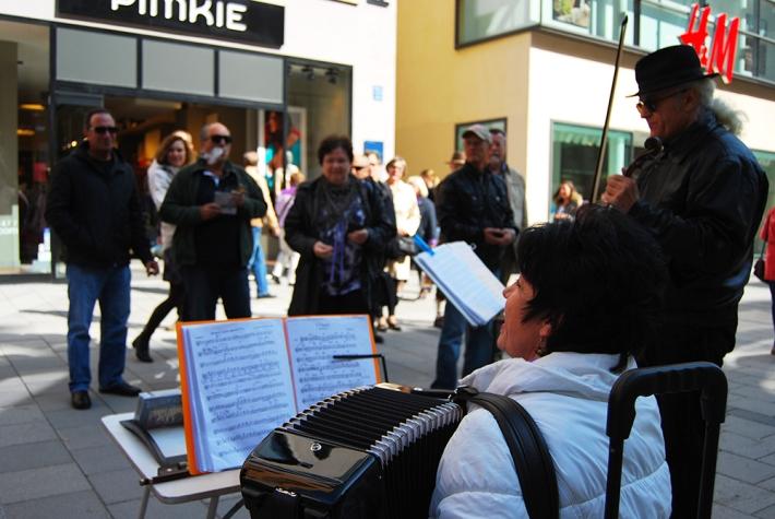 Músicos en la Kaufingerstrasse