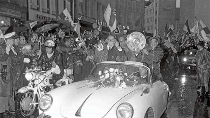 Celebración del título de 'deutscher Meister', en 1966. /WEB