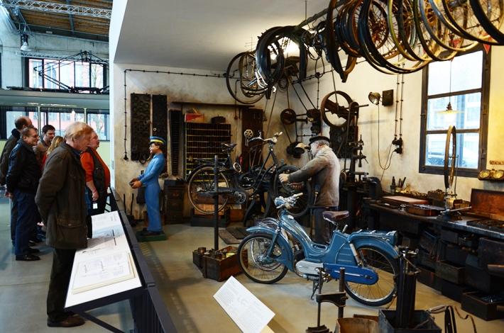 Recreación de un antiguo taller de bicis