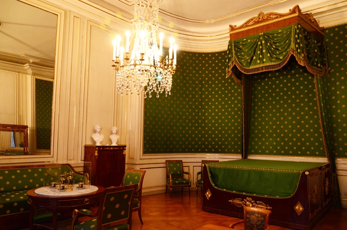 nymphenburg_dormitorio_luisII