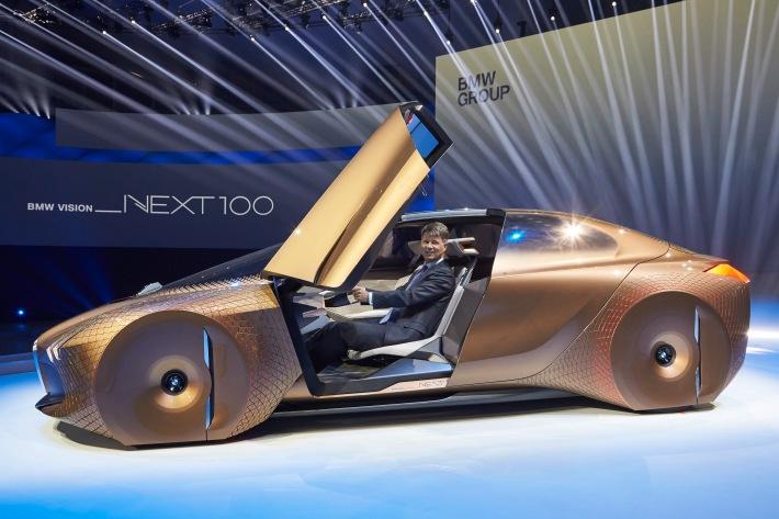 Prototipo BMW Vision Next 100. / BMW PRESSE