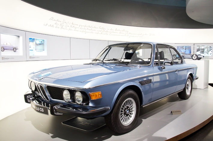 bmw_100_anyos_3s