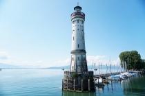 Faro en el puerto de Lindau